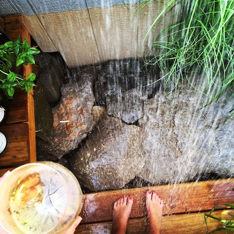 outdoor herb shower // steps away from your retreats door