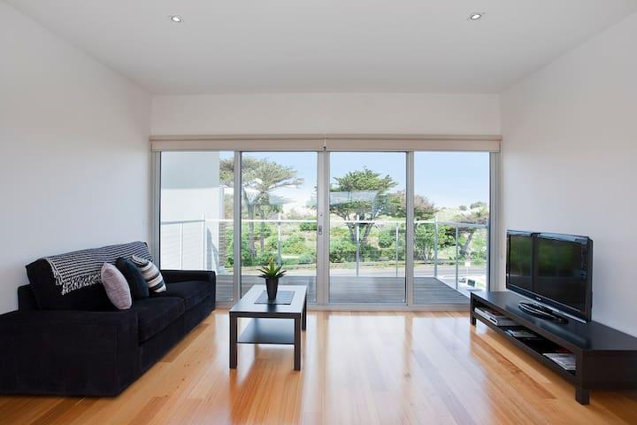 Surf Beach Apartment - A613 - Anglesea - Flat
