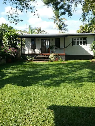 Water front house cairns - Machans Beach - 一軒家