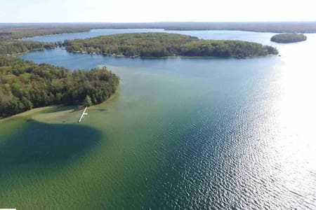 "LONG LAKE HIDEAWAY  "" B""  on Long Lake Peninsula"
