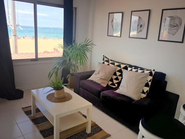OceanFront Flat I by Canary365