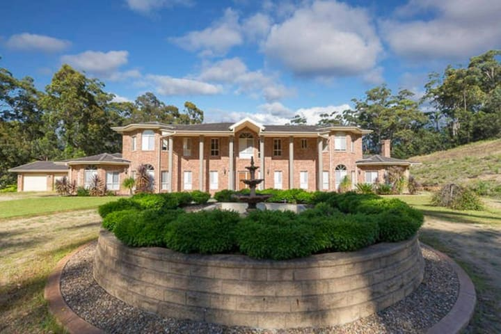 Coastal mansion on five acres - Long Beach - Huis