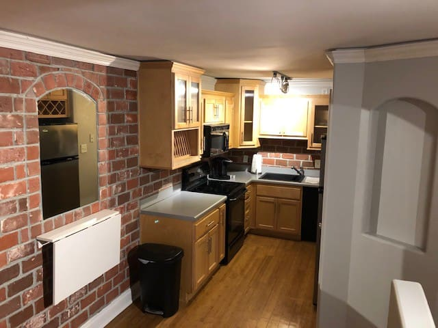 Great studio condo, Great Location in Athens, GA