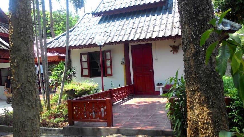 Chiang Mai Sunshine House homestay 103 - Thesaban Nakhon Chiang Mai - Cabaña en la naturaleza