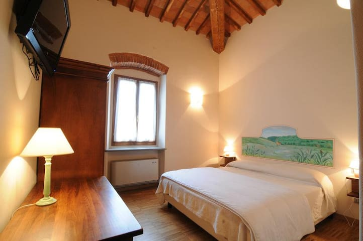 Quercia Double Room - Mosciano - Bed & Breakfast