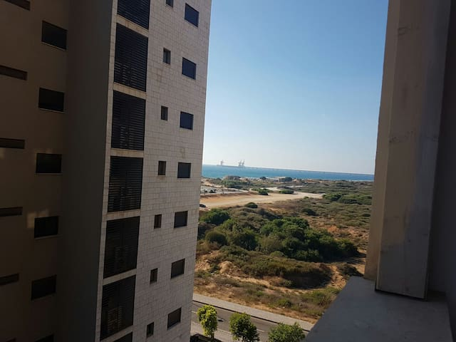 Apartment 2 minutes walk from the sea. With a sea