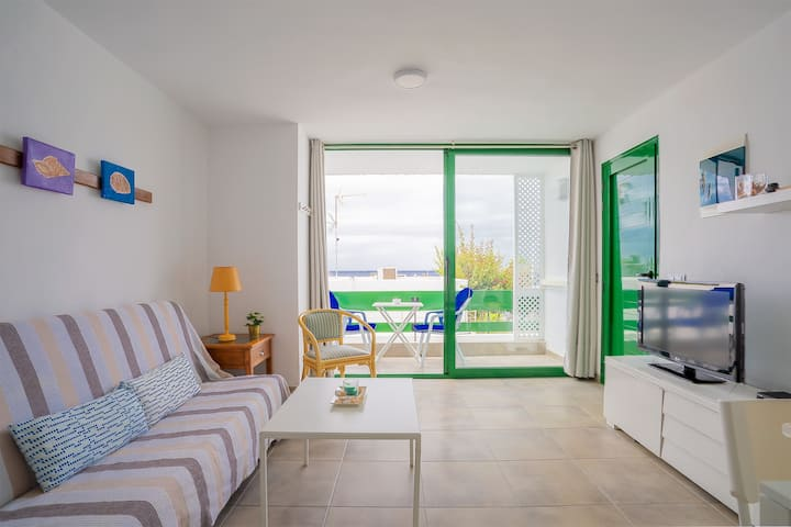 Beautiful Apartment in Dreamlike Location on Beach with Wi-Fi, Balcony & Incredible Views