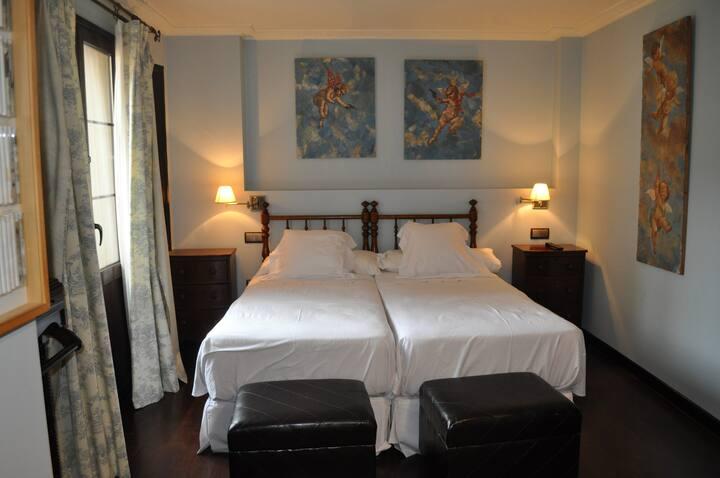 Casa Gloria Room 6