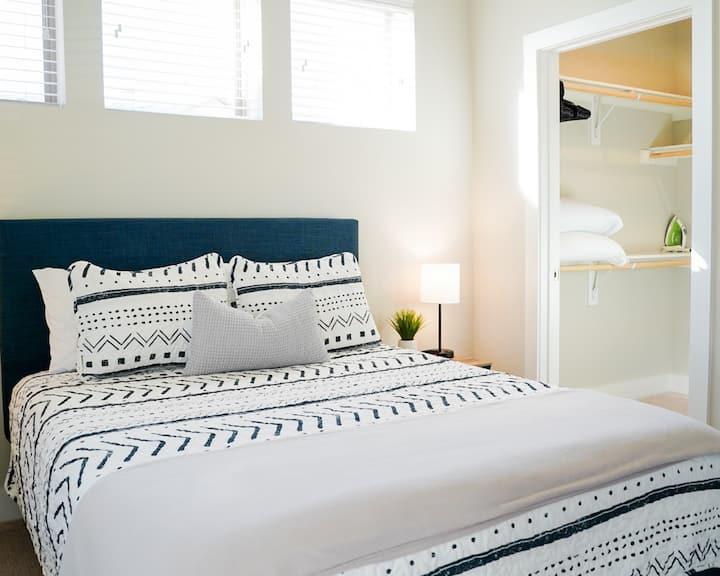 ✨ Cozy Private Quiet One Bedroom W&D Kitchen Gym
