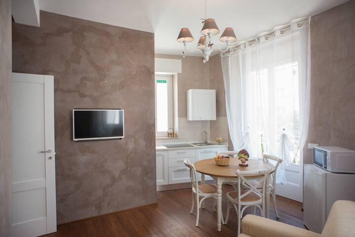 FLAT FOR 4 PERSONS WITH TERRACE