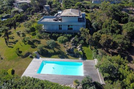 Villa  de Standing 10 couchages avec piscine