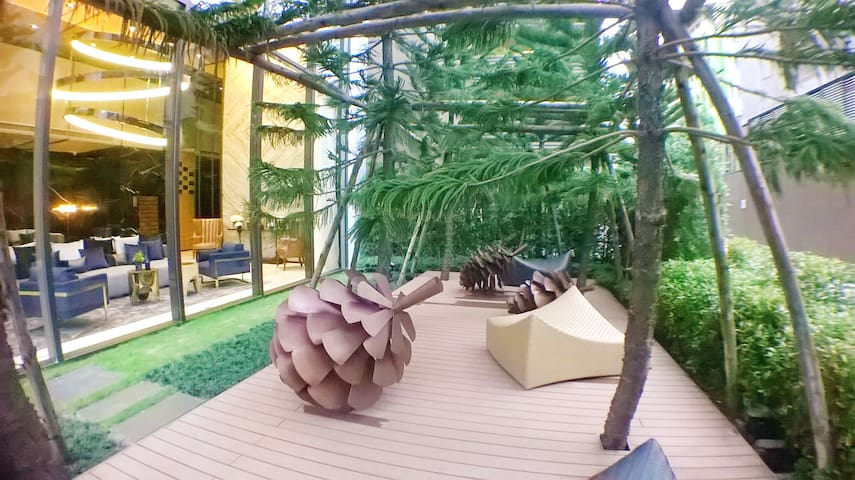 Relaxing Pine Garden at the lobby area.