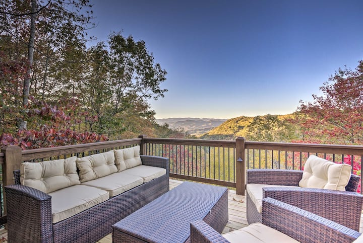 Brevard Chalet w/ Stunning Blue Ridge Mtn. Views!