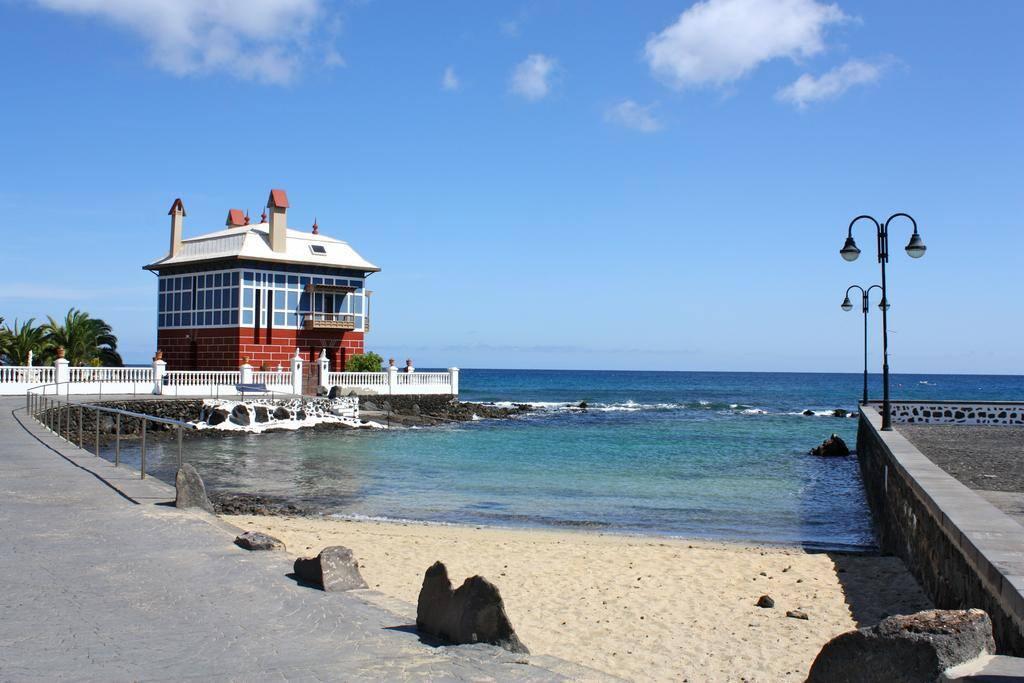 Vistas Playa El Charcón