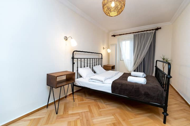 ❁1Bedroom apartment in the ♥ of Tbilisi