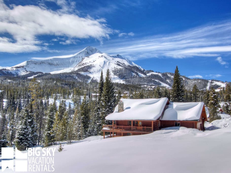True montana cabin surround by pine trees enjoy this for Big sky cabin rentals
