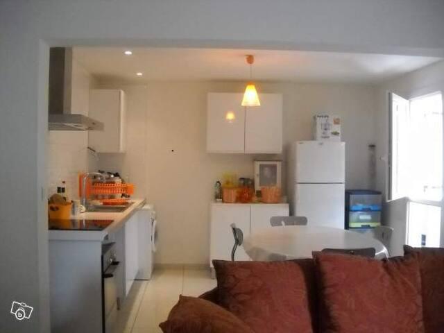 Appartement Maison avec deux chambres - Béziers - Pis