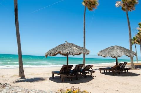 Sandy Beach * DOG friendly * Casa Blanca * 1st Fl