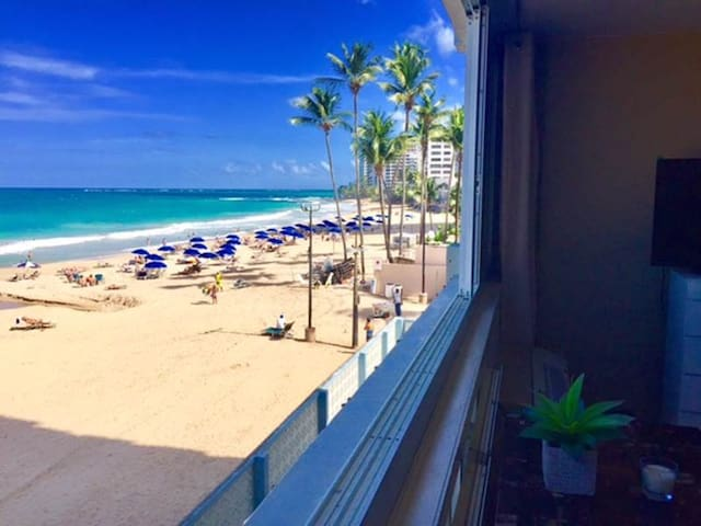 Oceanfront and On the Beach Studio Apartment - San Juan