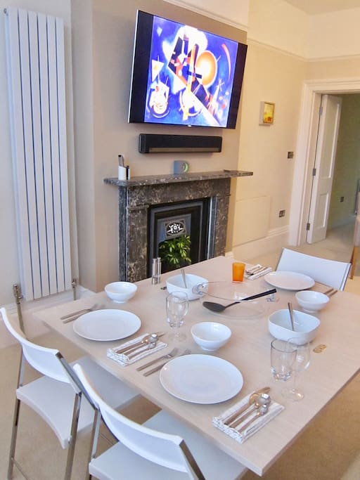 The transforming table as a big dining table.