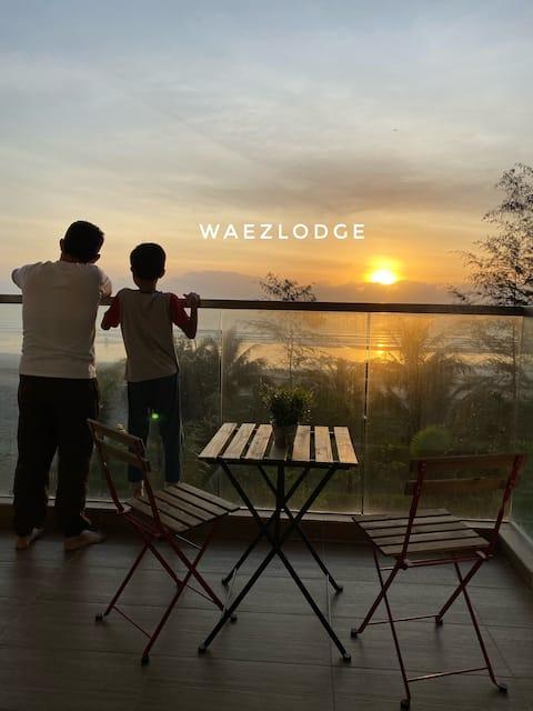 Waez Lodge @TimurBay with scenic sunrise view