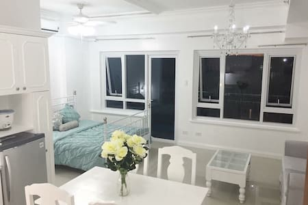 Condo beach & pool front with WIFI - Lapu-Lapu City - Wohnung