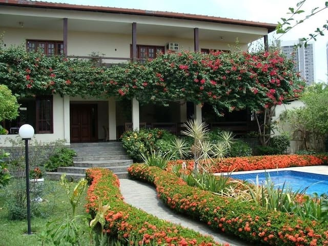 Casa dos Freitas - Manaus - Manaus - Dom
