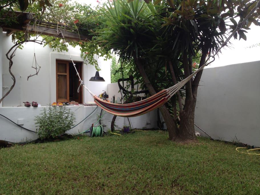 giardino anteriore porta della cucina