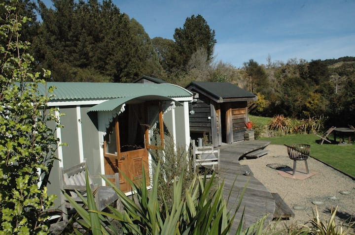 Karamu Valley Lodge - Safari Cabin (Self Catering)