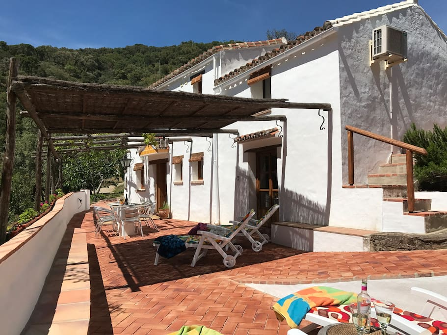 Front of house (sleeps 4)