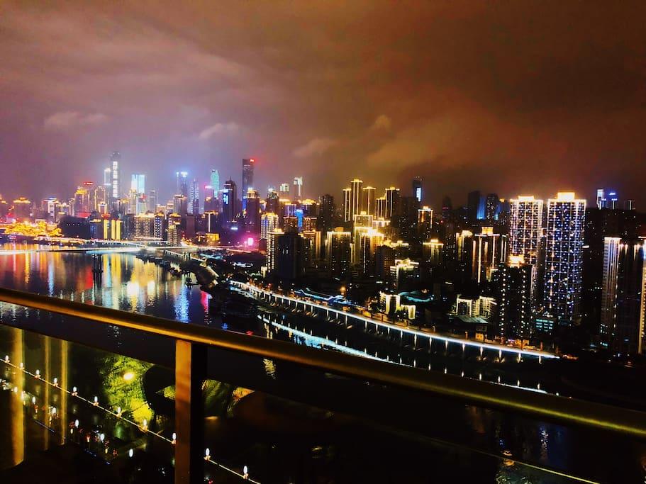 270度无死角欣赏重庆最美夜景