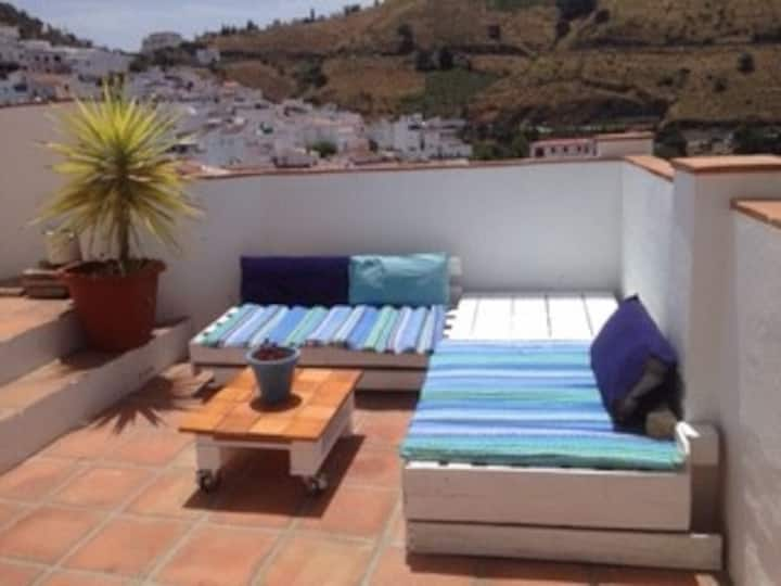 Stunning Competa townhouse with plunge pool!