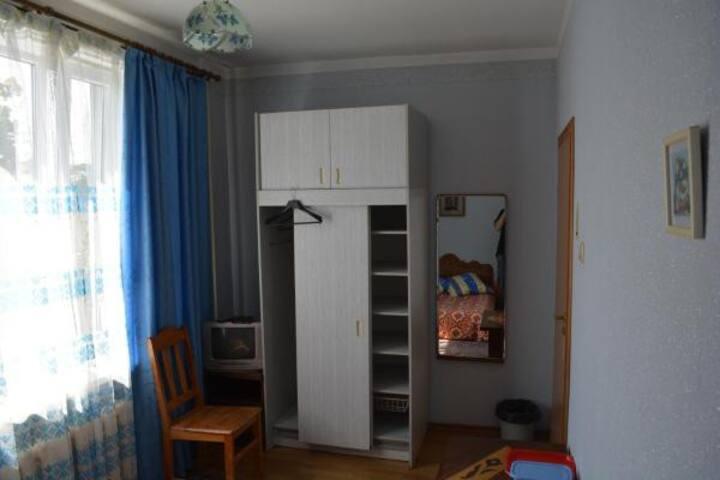 Сдаётся комната в доме у моря. (№8)