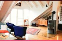 Großzügiges 45 m² Zimmer mit Balkon Bodenseenähe