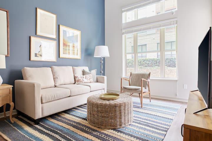 Sonder | Jefferson Eastshore | Ideal 1BR + Terrace