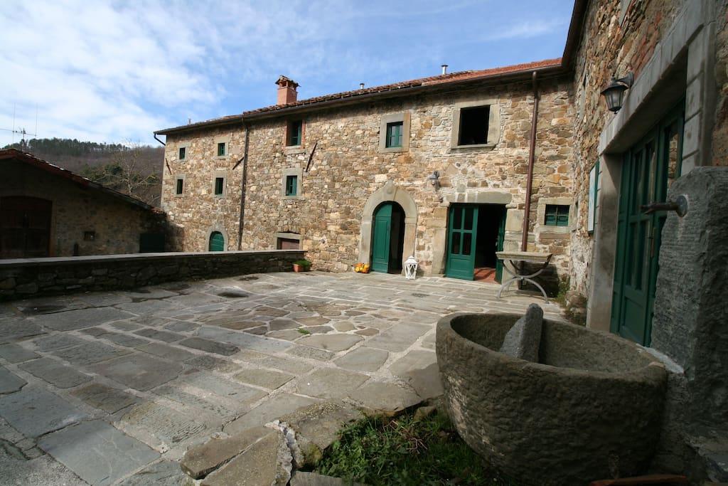 Large Borgo house in Farmhouse