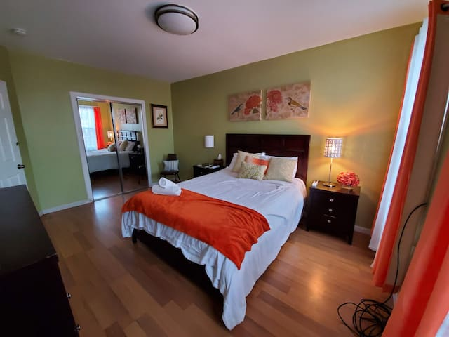 THE NATURE ROOM NR NEWARK AIRPORT 25 MIN DRIVE NYC