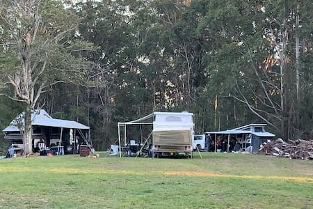 Yarralen Retreat priv best ever campground BYO bed