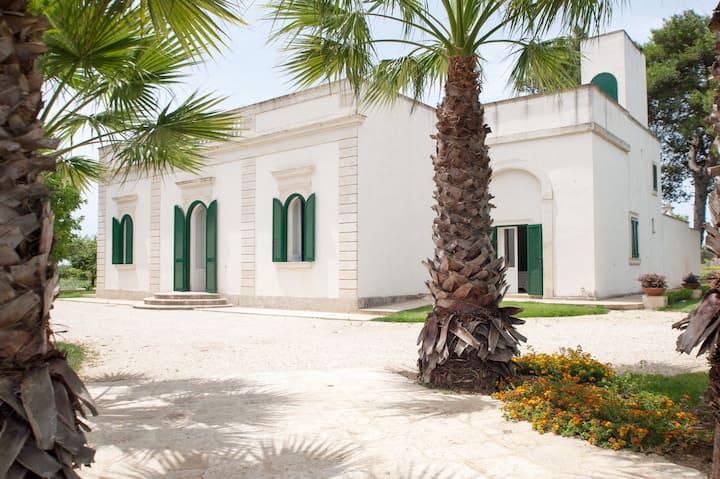 Villa Galluccio with swimming pool