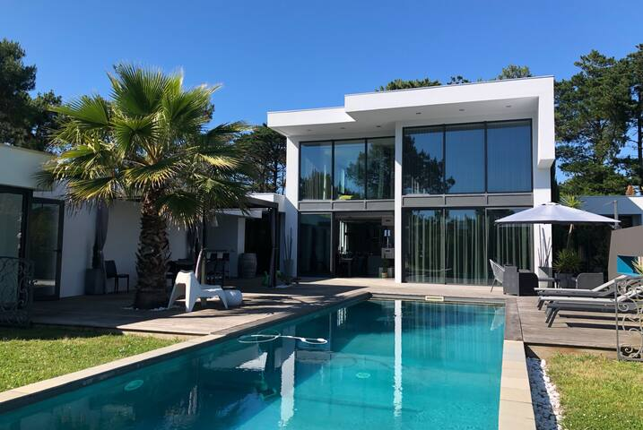 Keyweek MALIBU Villa with swimming pool close to the Golf in Anglet