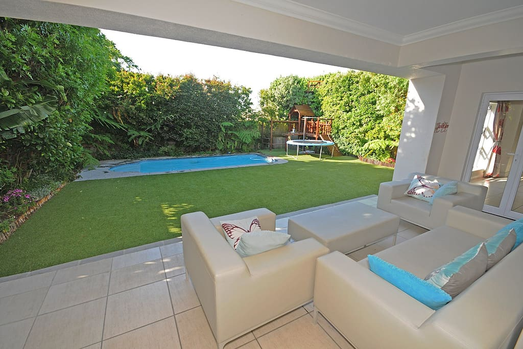 Lounge in front of the pool