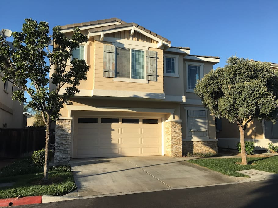 Nice And Bright Oc Room Near Disneyland Houses For Rent In Garden Grove California United