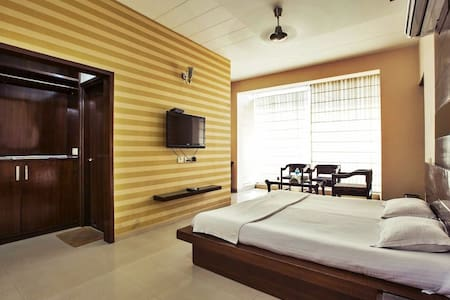 Budget stay near Chandigarh airport - Panchkula