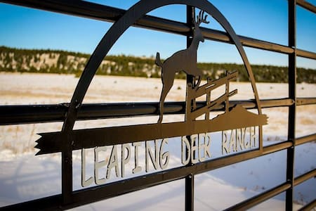 Leaping Deer Ranch - Las Vegas
