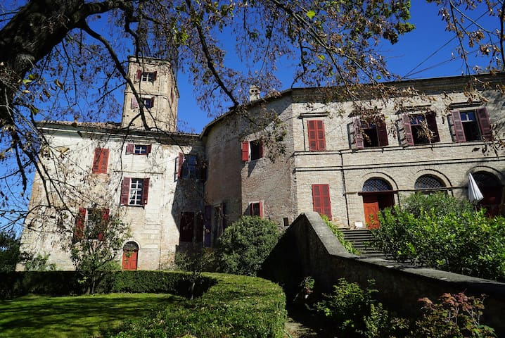 Experience life in a medieval castle in Monferrato