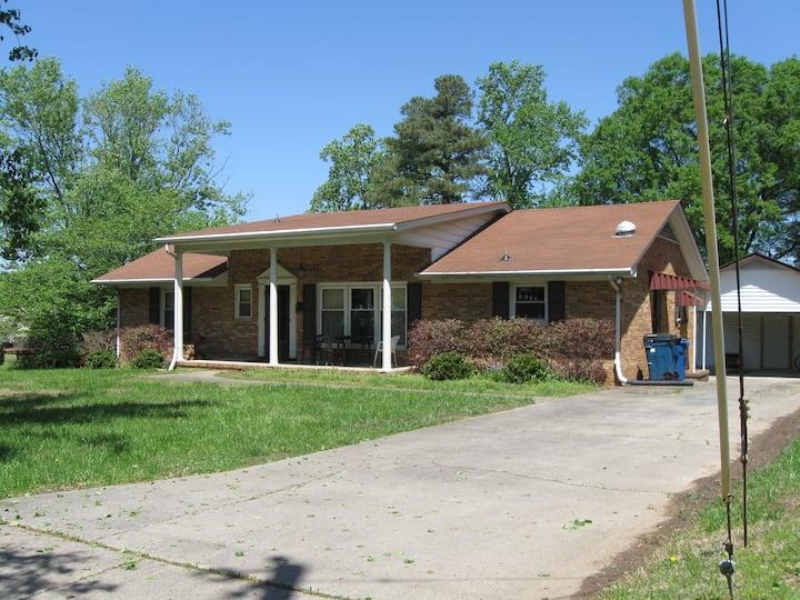 The Student Exchange House (2) near Duke