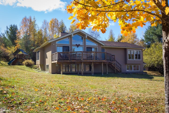 Mountain View Home Close to Main St. Lake Placid
