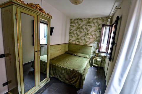 Cannaregio Room 2