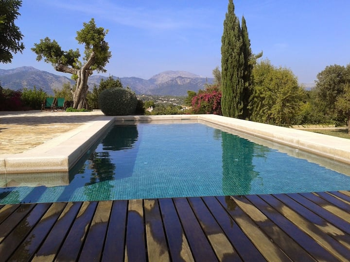 "Fabulous Villa ""Finca Alzina"" with Mountain View, Wi-Fi, Pool, Balcony, Garden & Terrace; Parking Available"