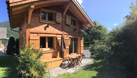 Chamonix Valley New and Cosy Chalet